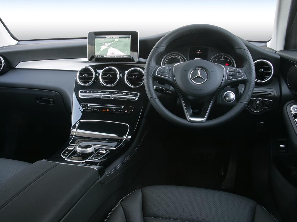 Mercedes-Benz GLC GLC 300 4Matic AMG Line Premium 5dr 9G-Tronic