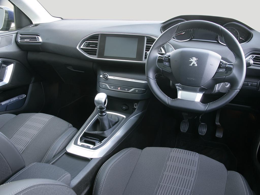 Peugeot 308 1.2 PureTech 130 Allure Premium 5dr