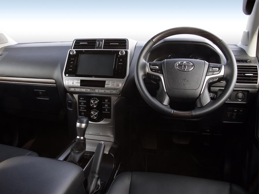 Toyota Land Cruiser 2.8 D-4D 204 Active 5dr Auto 5 Seats